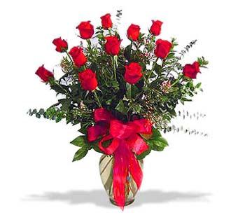 çiçek siparisi 11 adet kirmizi gül cam vazo  Ardahan online çiçek gönderme sipariş