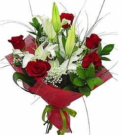1 dal kazablanka 5 kırmızı gül buketi  Ardahan kaliteli taze ve ucuz çiçekler