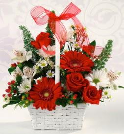 Karışık rengarenk mevsim çiçek sepeti  Ardahan internetten çiçek siparişi