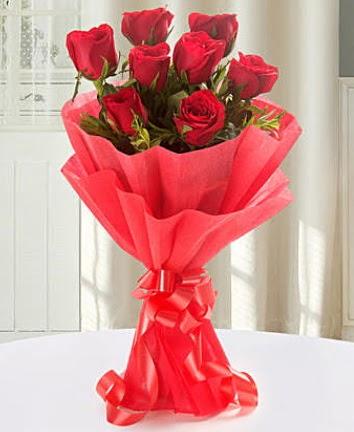 9 adet kırmızı gülden modern buket  Ardahan İnternetten çiçek siparişi