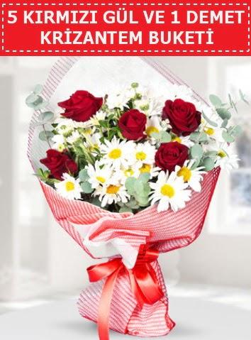 5 adet kırmızı gül ve krizantem buketi  Ardahan çiçek satışı