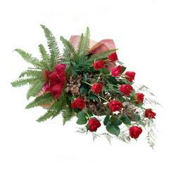 Ardahan online çiçek gönderme sipariş  10 adet kirmizi gül özel buket çiçek siparisi
