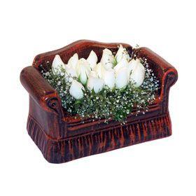 seramik içerisinde 11 gül  Ardahan hediye çiçek yolla