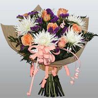 güller ve kir çiçekleri demeti   Ardahan çiçekçiler
