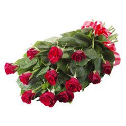 11 adet kirmizi gül buketi  Ardahan yurtiçi ve yurtdışı çiçek siparişi