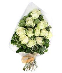 Ardahan online çiçekçi , çiçek siparişi  12 li beyaz gül buketi.
