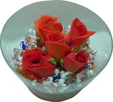 Ardahan 14 şubat sevgililer günü çiçek  5 adet gül ve cam tanzimde çiçekler