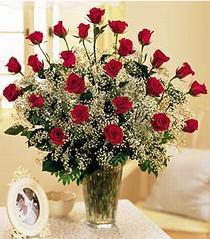 Ardahan çiçek , çiçekçi , çiçekçilik  özel günler için 12 adet kirmizi gül
