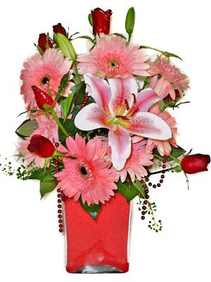 Ardahan cicek , cicekci  karisik cam yada mika vazoda mevsim çiçekleri mevsim demeti
