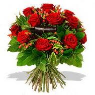 9 adet kirmizi gül ve kir çiçekleri  Ardahan internetten çiçek satışı