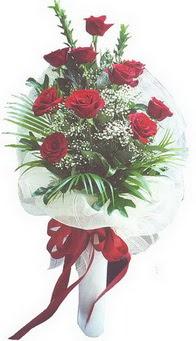 Ardahan hediye çiçek yolla  10 adet kirmizi gülden buket tanzimi özel anlara