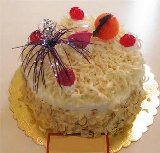 pasta siparisi 4 ile 6 kisilik yaspasta mis lezzette  Ardahan çiçekçi telefonları