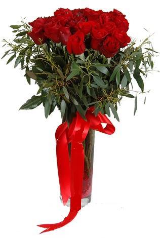 15 adet kirmizi gül cam vazo içerisinde  Ardahan internetten çiçek satışı