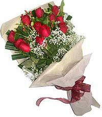 11 adet kirmizi güllerden özel buket  Ardahan internetten çiçek siparişi