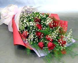 10 adet kirmizi gül çiçegi gönder  Ardahan anneler günü çiçek yolla