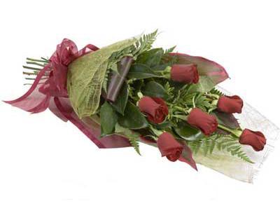 ucuz çiçek siparisi 6 adet kirmizi gül buket  Ardahan çiçek siparişi sitesi