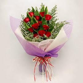 çiçekçi dükkanindan 11 adet gül buket  Ardahan çiçekçi mağazası