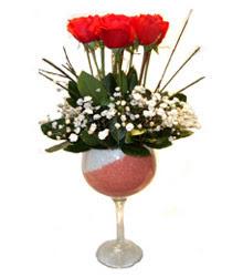Ardahan çiçekçiler  cam kadeh içinde 7 adet kirmizi gül çiçek
