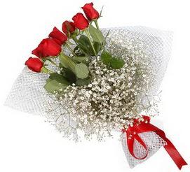 7 adet essiz kalitede kirmizi gül buketi  Ardahan hediye sevgilime hediye çiçek