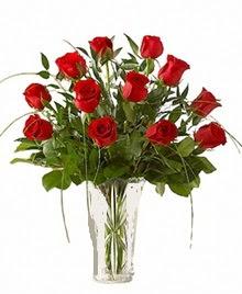 cam yada mika vazo içerisinde 9 kirmizi gül  Ardahan çiçek siparişi sitesi