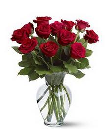 Ardahan çiçek gönderme sitemiz güvenlidir  cam yada mika vazoda 10 kirmizi gül