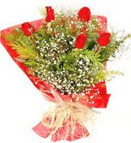 Ardahan anneler günü çiçek yolla  5 adet kirmizi gül buketi demeti