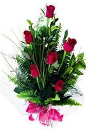 Ardahan güvenli kaliteli hızlı çiçek  5 adet kirmizi gül buketi hediye ürünü