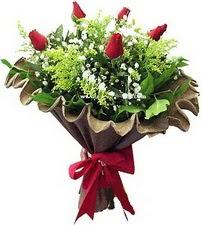 Ardahan online çiçek gönderme sipariş  5 adet kirmizi gül buketi demeti