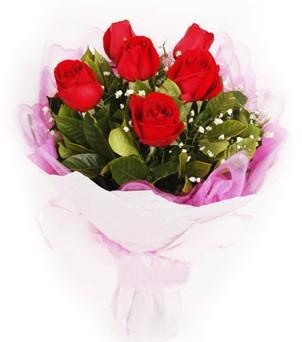 Ardahan hediye sevgilime hediye çiçek  kırmızı 6 adet gülden buket