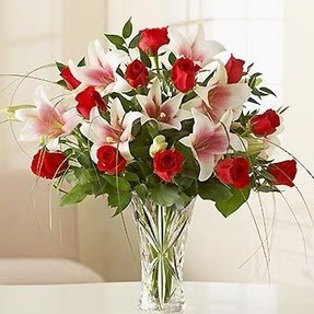 Ardahan çiçek mağazası , çiçekçi adresleri  12 adet kırmızı gül 1 dal kazablanka çiçeği