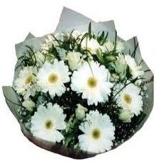 Eşime sevgilime en güzel hediye  Ardahan hediye sevgilime hediye çiçek