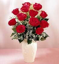 Ardahan çiçekçi mağazası  9 adet vazoda özel tanzim kirmizi gül