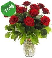 11 adet vazo içerisinde kırmızı gül  Ardahan online çiçek gönderme sipariş
