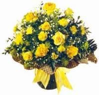 Ardahan çiçek , çiçekçi , çiçekçilik  Sari gül karanfil ve kir çiçekleri
