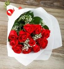 9 kırmızı gülden buket çiçeği  Ardahan çiçek gönderme