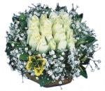 Ardahan çiçekçiler  Beyaz harika bir gül sepeti