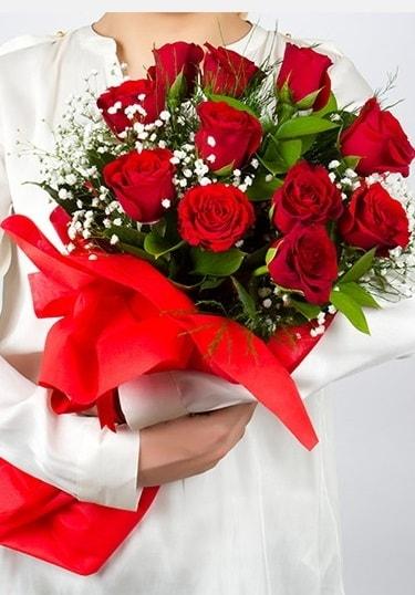 Aşk Gülleri 11 Adet kırmızı gül buketi  Ardahan çiçekçi telefonları