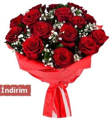 12 Adet kırmızı aşk gülleri  Ardahan çiçek satışı