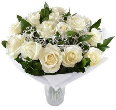 15 beyaz gül buketi sade aşk  Ardahan çiçek satışı